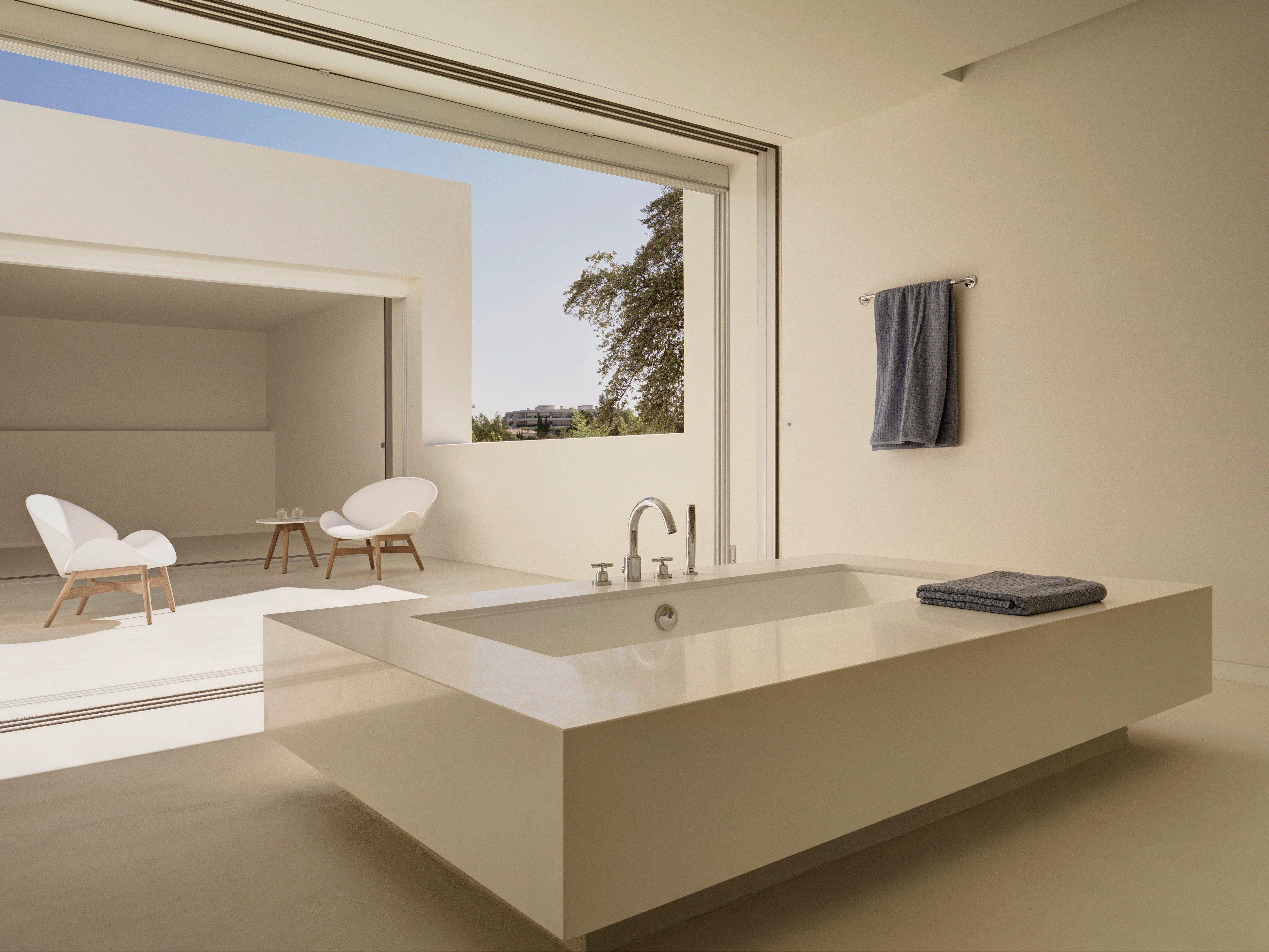 Bathtub in an open air minimalist bathroom, Marbella, Province of ...
