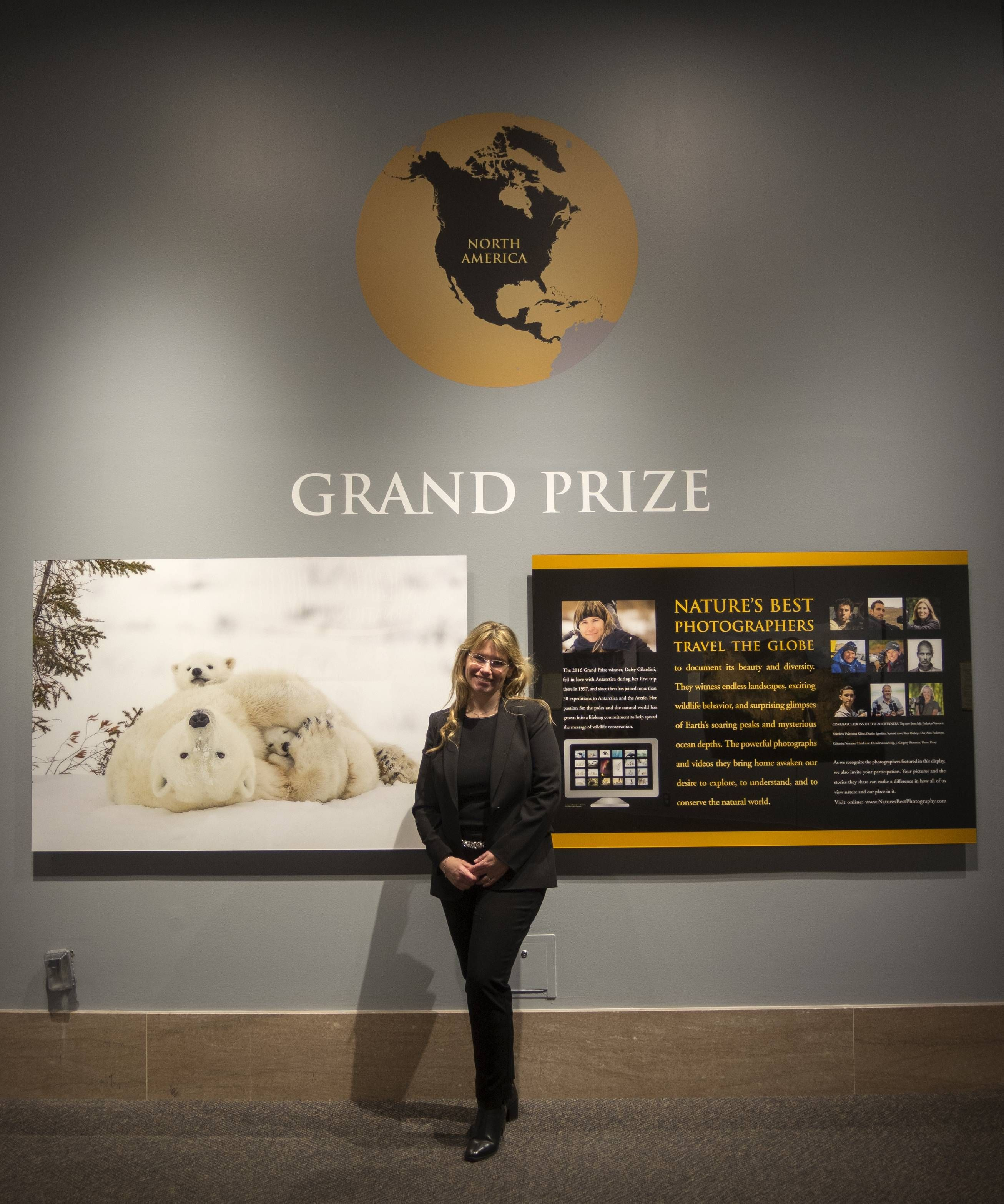 Manitoba Polar Bear Picture Wins Grand Prize Lands Spot In Masker An Adorable Of A Cuddling Her Cubs Is Making Debut At The One Largest Museums World