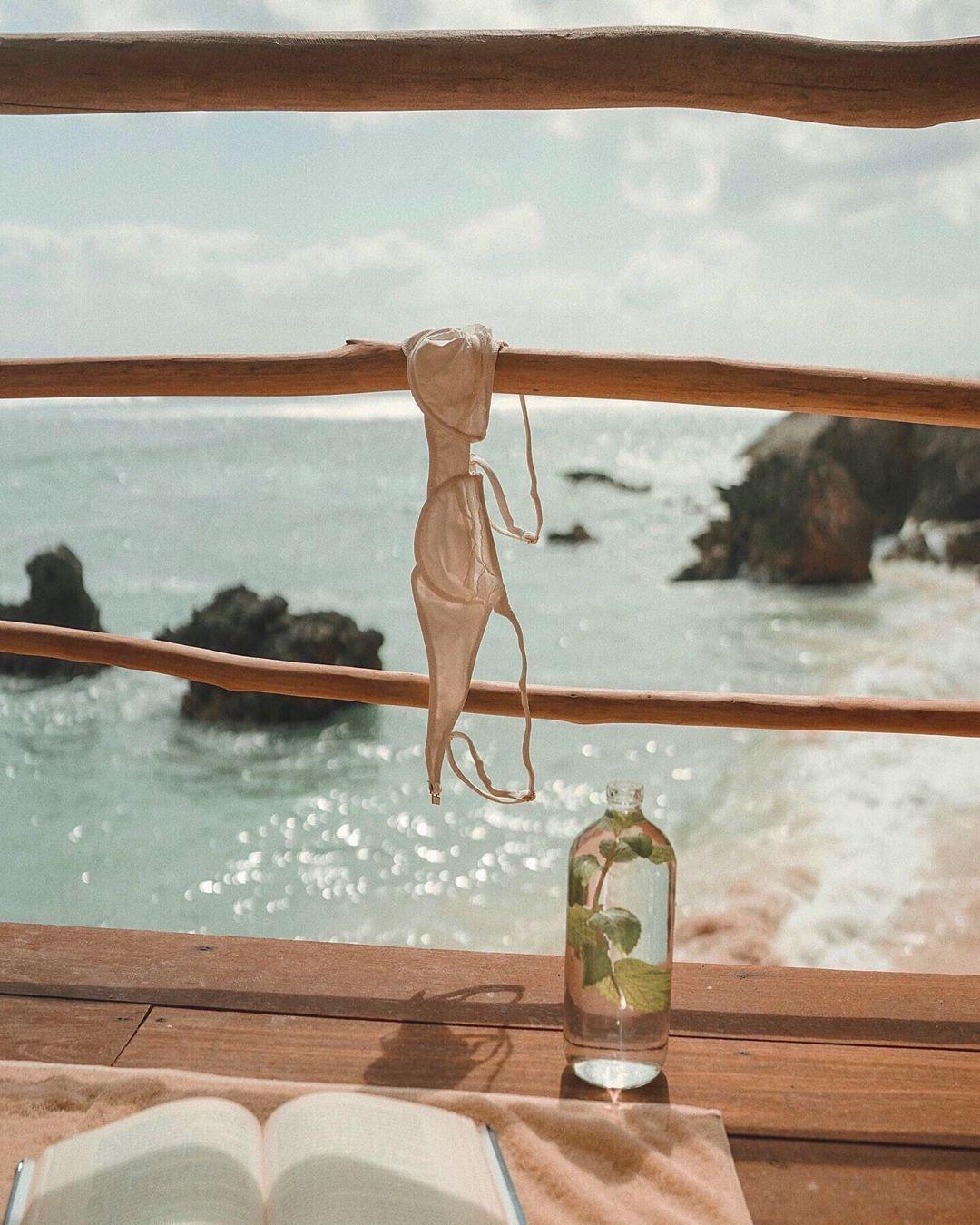 Siempre Golden | Luxury Brazilian Bikinis Swimwear and Lingerie