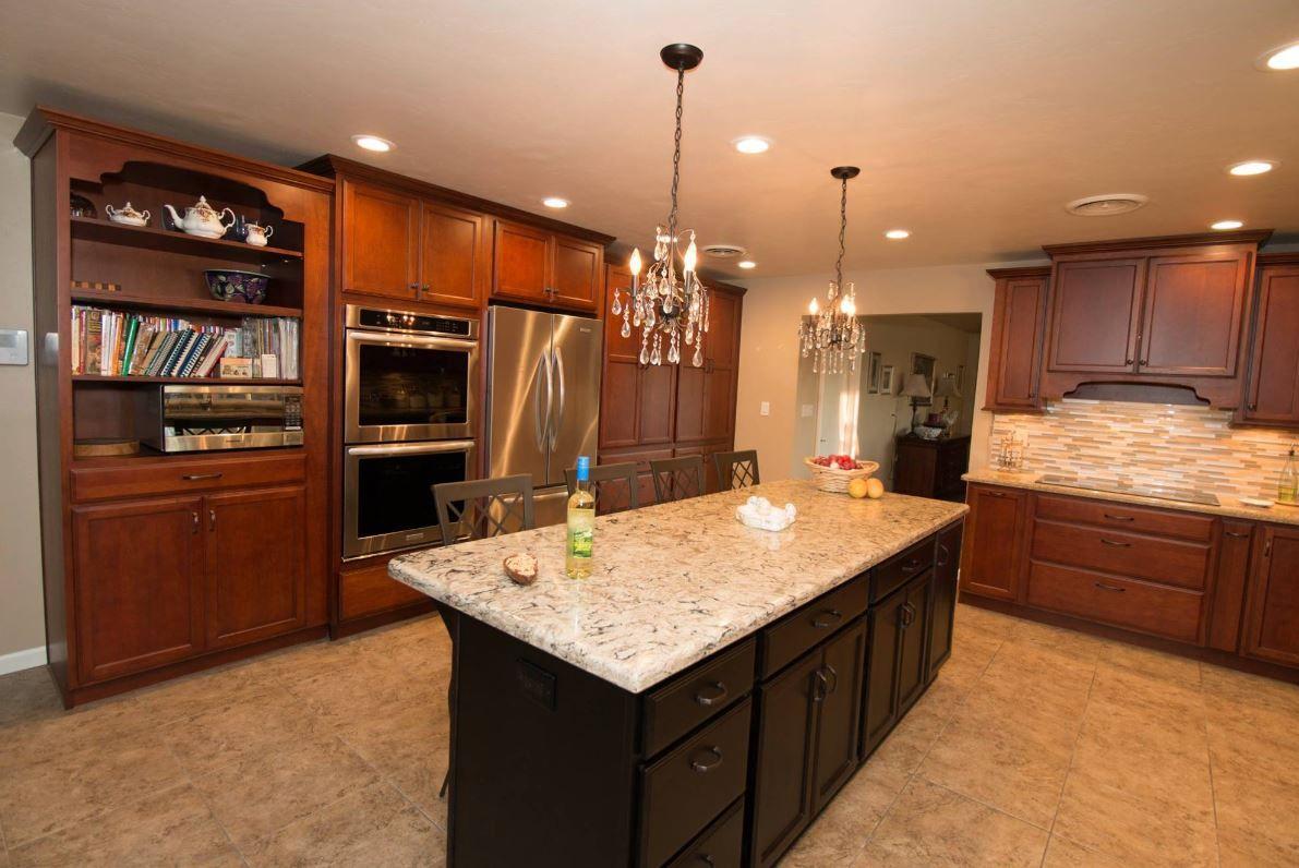 Starmark Cherry Paprika With Chocolate Glaze With Java Island Kitchen Cabinets In Bathroom Cherry Kitchen Kitchen