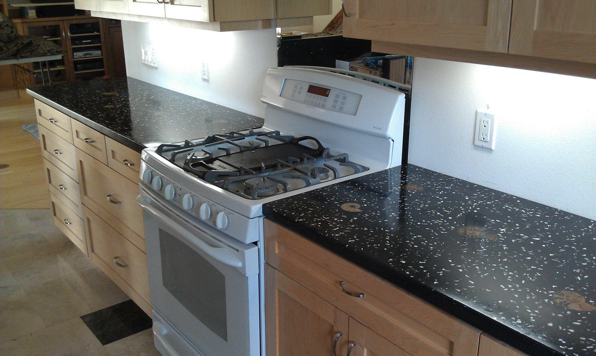 Best Lash Fossil Countertop Contemporary Grey Kitchen Modern 640 x 480