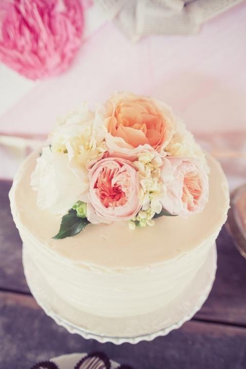 Simple Cake Fresh Flowers Via Single Tier Cakes Wedding Style