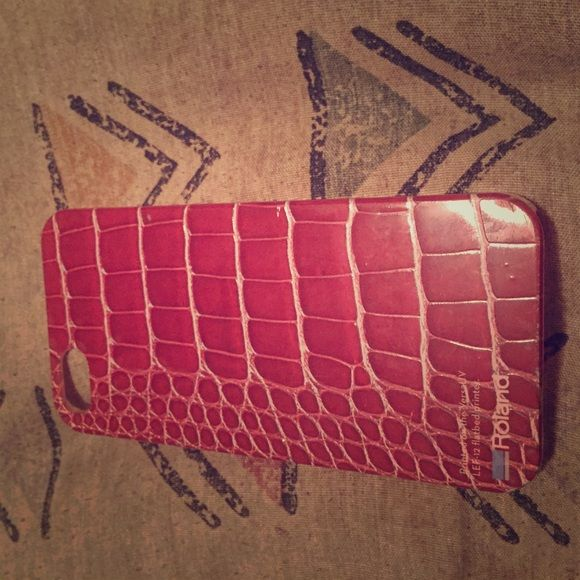 Red snake skin iPhone 5/5s case Red snake skin iPhone 5 /5s case with ridges like snake skin. Accessories Phone Cases