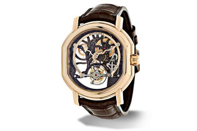 Avec son cadran squelette, la Bulgari Daniel Roth Tourbillon Lumière est le parfait exemple d'une réalisation horlogère d'exception par une marque traditionnellement experte en joaillerie.