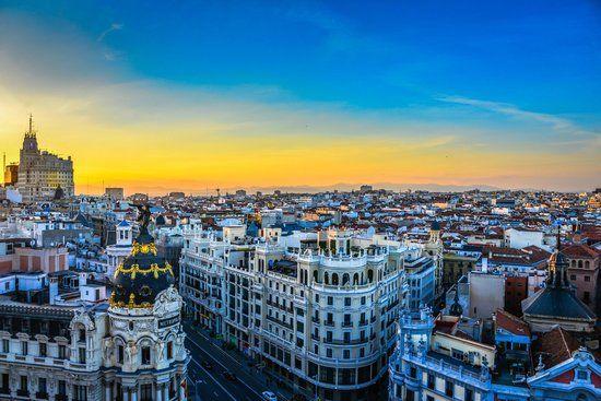 20 Fotos De Viajeros Que Te Maravillaran Circulo De Bellas Artes Viajar Por Espana Fotos