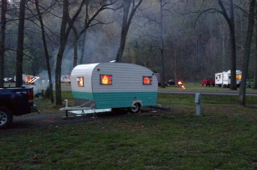 Great looking vintage camper | Awesome Scenery While RV'ing ... on mobile home parts repair, mobile home plumbing parts, teardrop trailer parts supplies, rv parts supplies, portable toilet parts supplies, mobile home parts kitchen,
