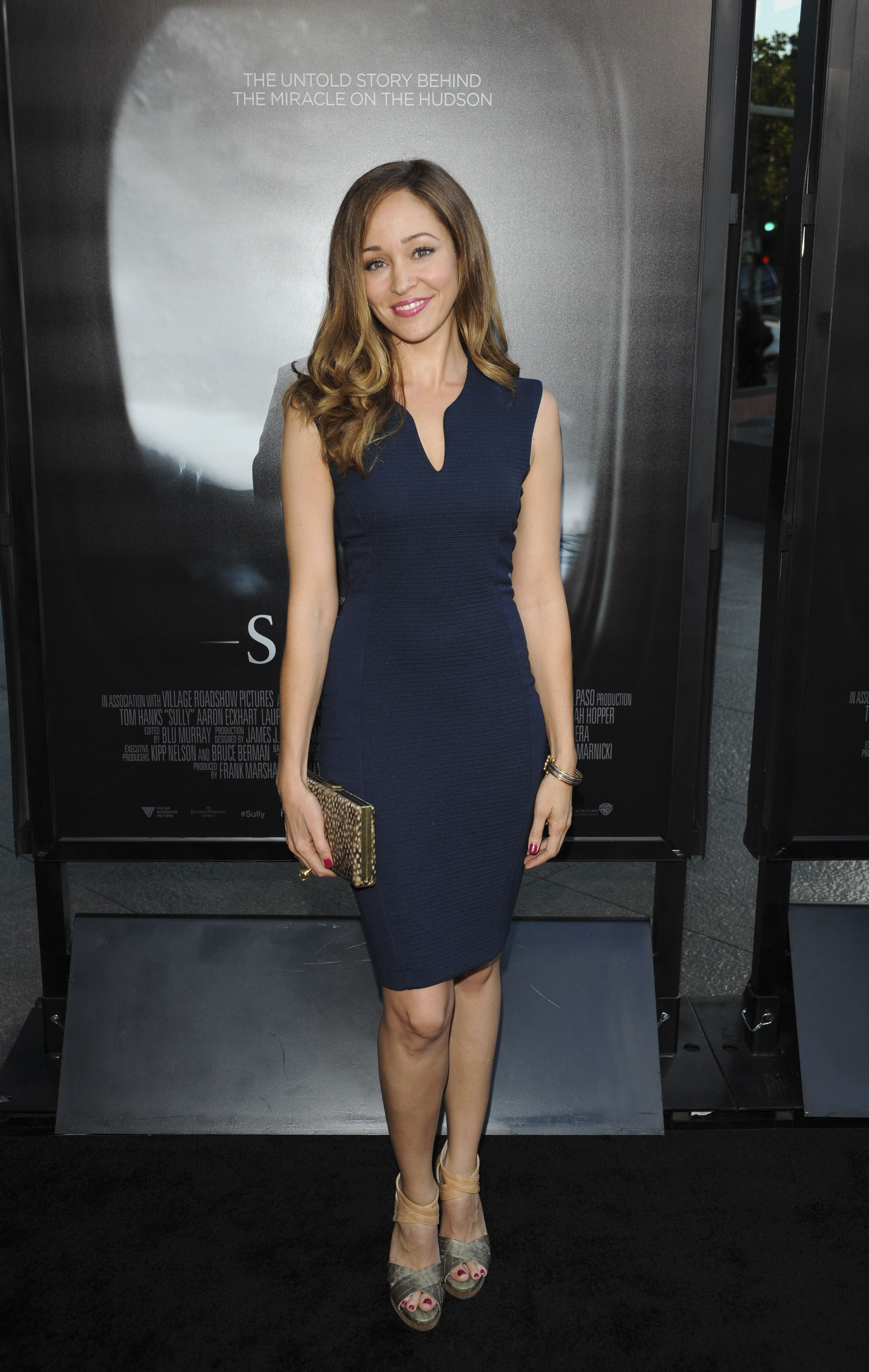 Autumn Reeser (With images) Hallmark christmas movies