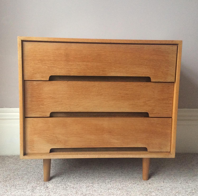 Mid Century Chest of Drawers STAG C Range John & Sylvia Reid Stag Furniture  England 1958 OAK satin wood Vintage 1950 Retro