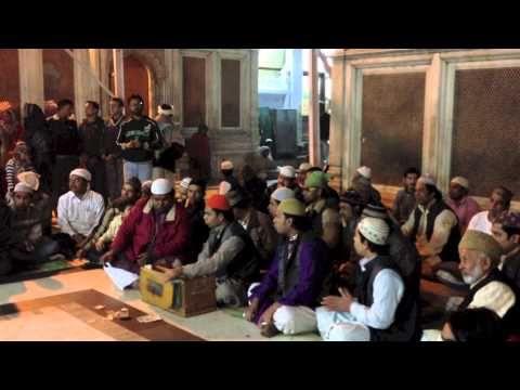 Qawwali Music At Hazrat Nizamuddin Dargah In Delhi India Sufi Songs Sufi Music Music