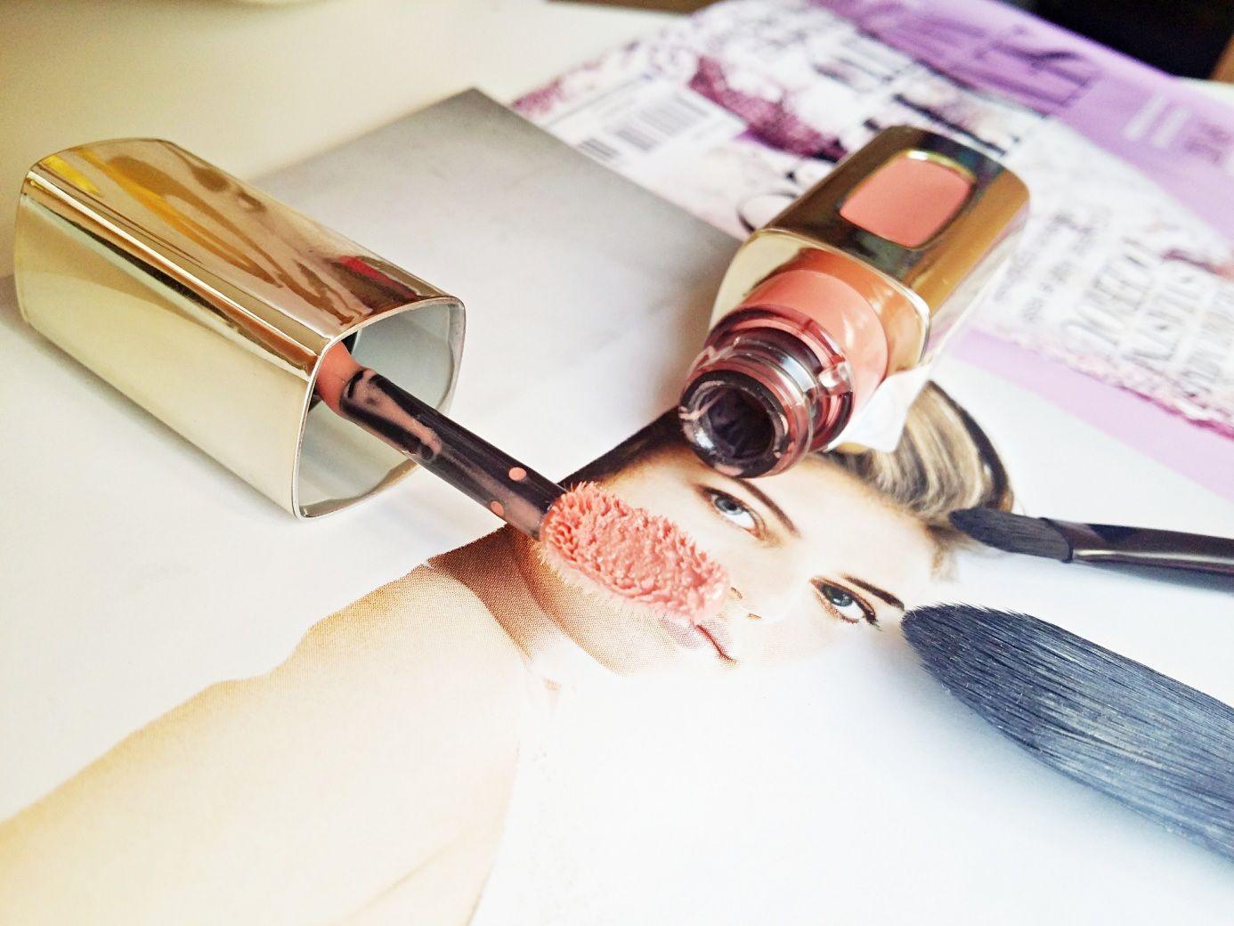 LOreal Paris Color Riche LExtraordinaire Liquid Lipstick