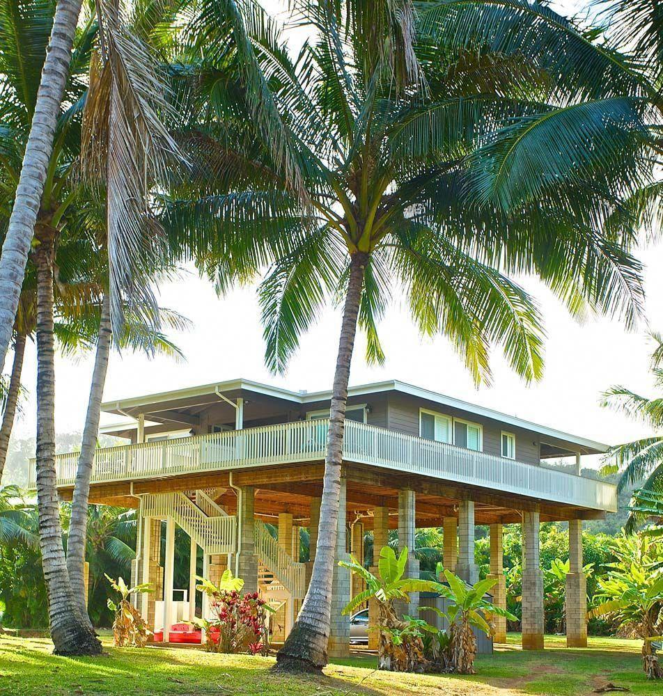 Rosewood Hale Houston Beach House Rental Kauai Casasdeplaya Hawaii Homes Beach Houses For Rent Hawaiian Homes