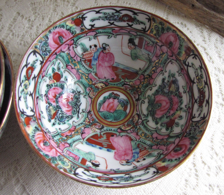Japanese Imari Small Rice Bowls Set of Four (4) Canton Rose Pattern Vintage Dinnerware & Japanese Imari Small Rice Bowls Set of Four (4) Canton Rose Pattern ...