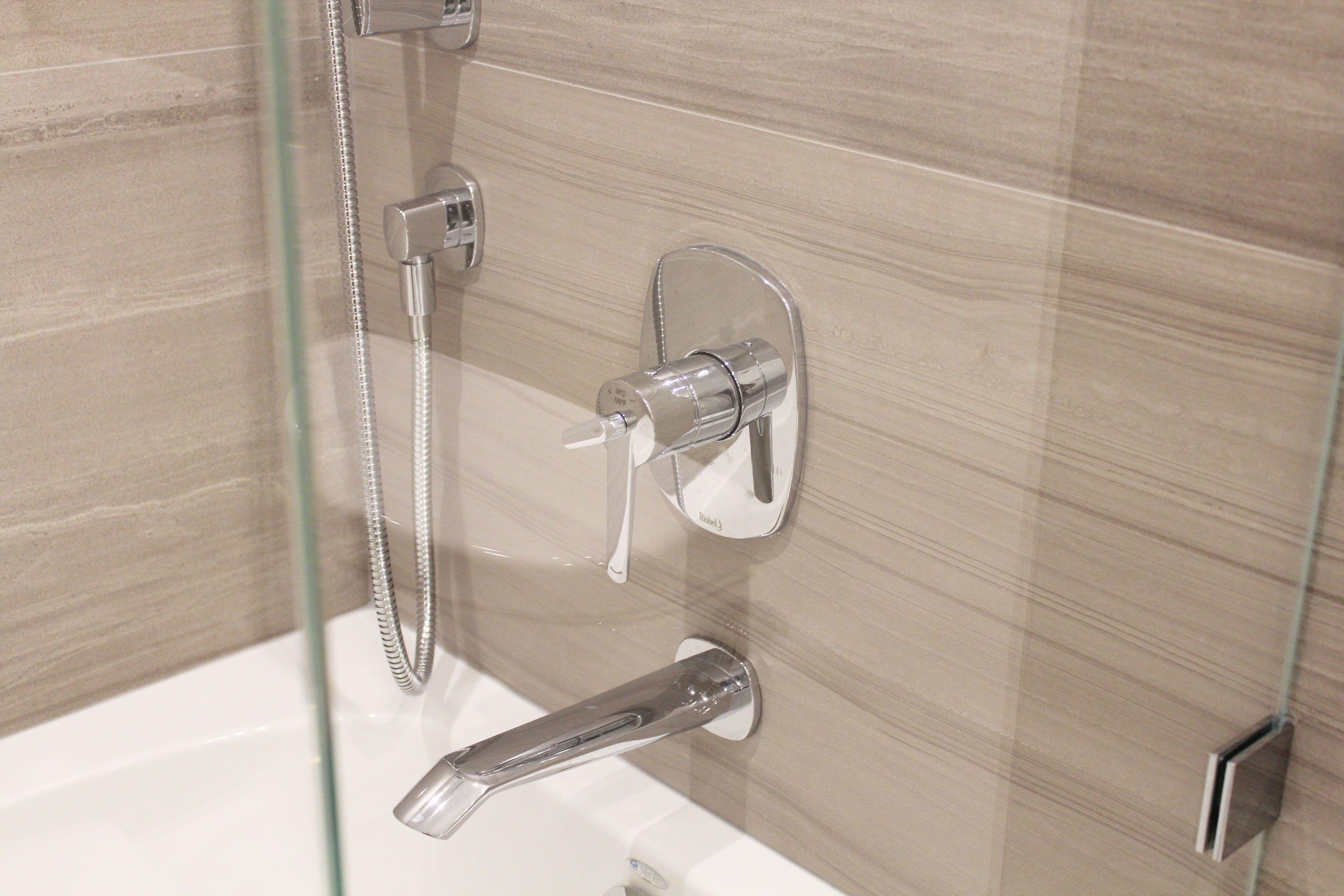 simpli vanity quartz bathroom dp with bath top right white rinchight offset home x chelsea marble
