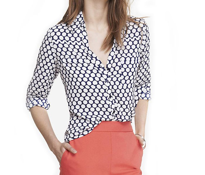 Are You Searching Shirts With Black White Combination Alanic Clothing Usa Adds A Unique Black White Honey Womens Wholesale Clothing Womens Shirts Women