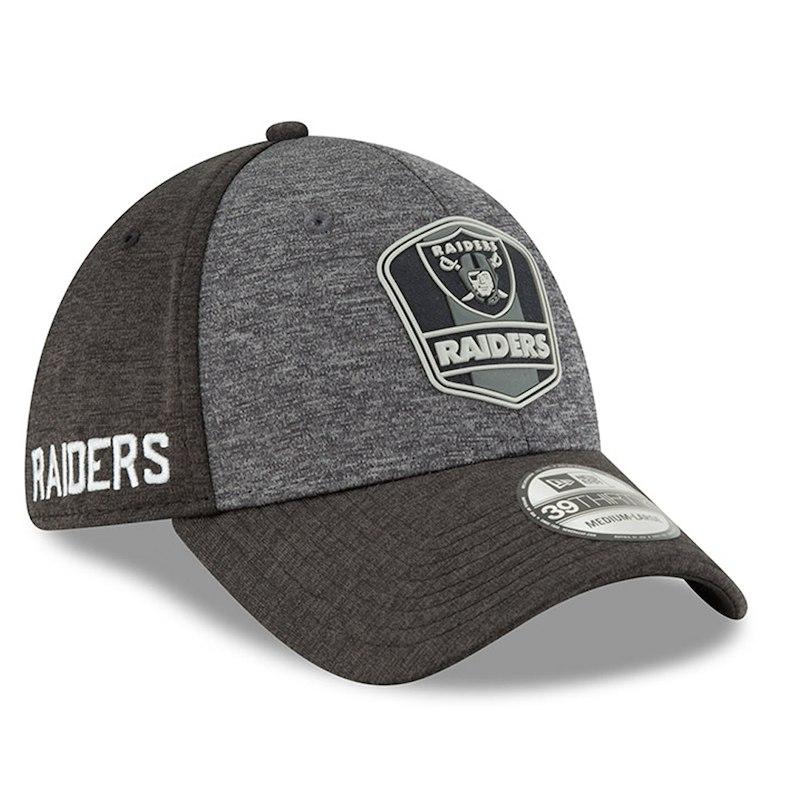 Oakland Raiders New Era 2018 NFL Sideline Road Graphite 39THIRTY Flex Hat – Heather  Gray Heather Black 2fb776023
