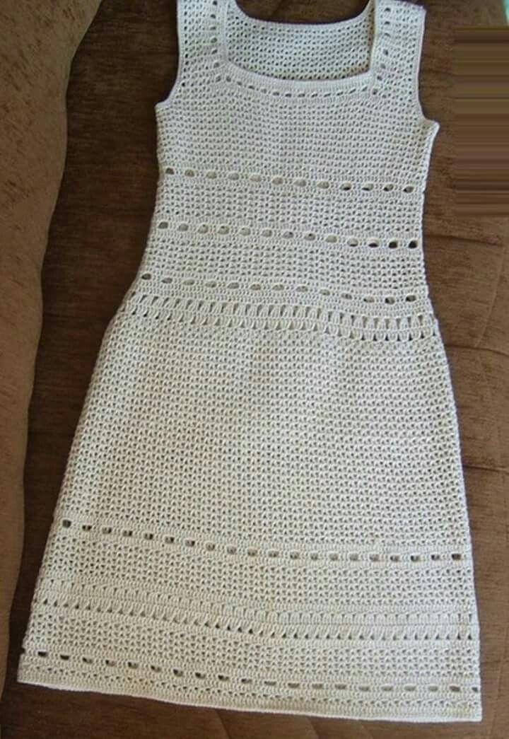 fd62b030dfaf Vestido em crochê com decote quadrado, sem manga | Vestido de croche ...