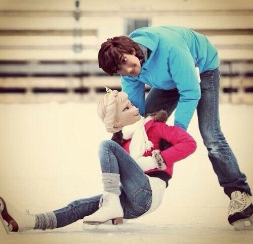 Hiccup and Elsa skating. Hiccelsa AU.