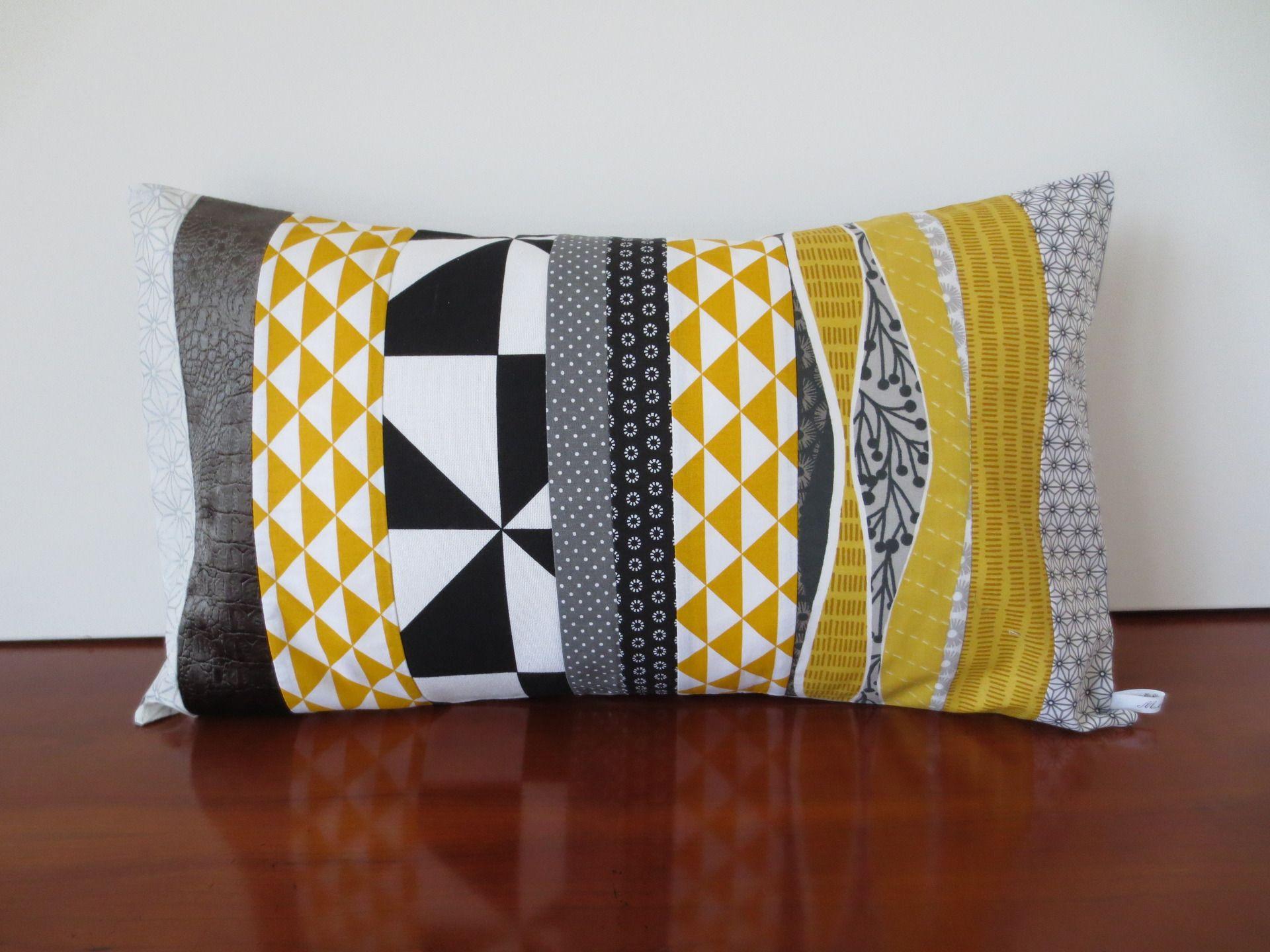 Housse coussin patchwork géométrique, graphique, jaune moutarde et ...