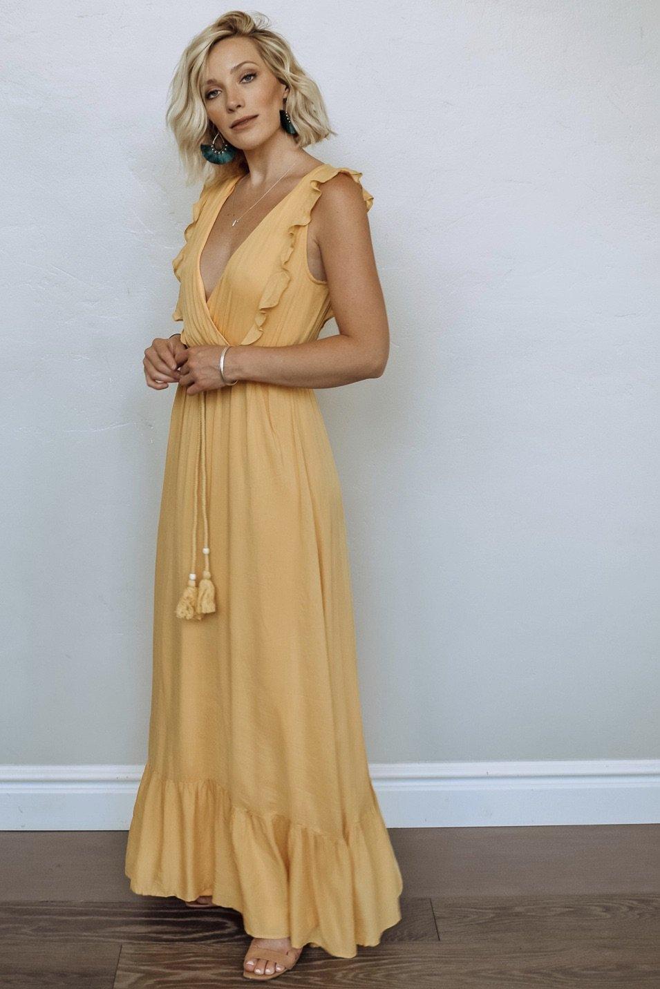Jolie Deep V Maxi Dress In Mustard Maxi Dress Dresses Fashion [ 1432 x 955 Pixel ]