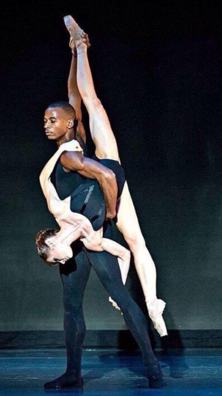 Photo Gene Schiavone #danceandmovement