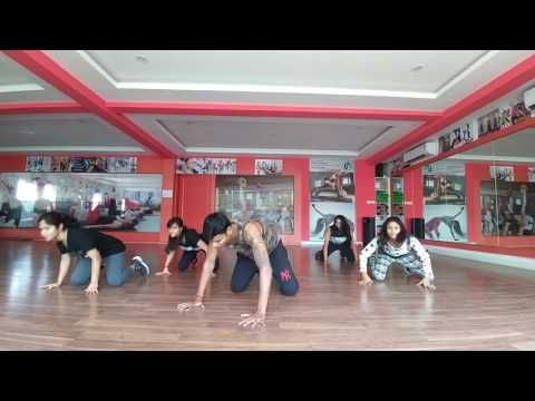 Kukere - Afroworks Dance Fitness Choreo by Jo Danzbiker - YouTube
