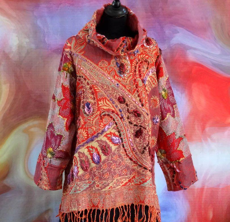 Grand pull femme col roulé multicolore rose et rouge rebrodé au brin de laine , : Pulls, gilets par akkacreation