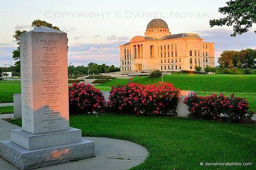 e051b877f1bd9624b53aa5824c76fdaa - Sunset Memorial Gardens Cemetery Des Moines Iowa