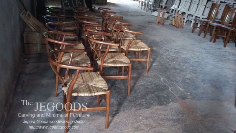 Wholesale Ready Stock Hans Wegner Wishbone Y Chair Retro Scandinavia Jepara Goods Furniture Manufacturer Indonesia At Factory Price Mebel Scandinavia Retro