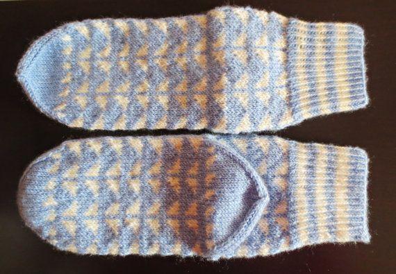 Handmade wool socks / Socks in pattern / jacquard / by Filfili