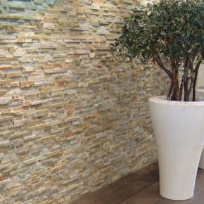 Quarzit riemchen wohnzimmer pinterest steinwand for Steinwand fa r wohnzimmer