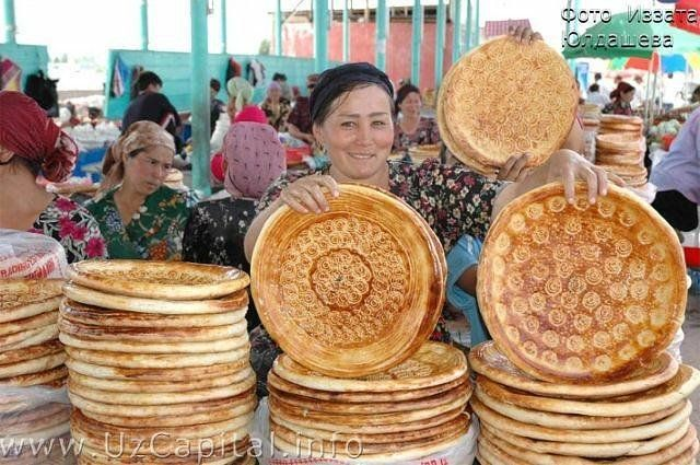 хлеб на базаре в узбекистане фото комедийный