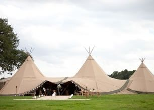 pretty nice 460c2 cfed5 Party luxury teepee, alternative to marquee hire | CHILLARY ...