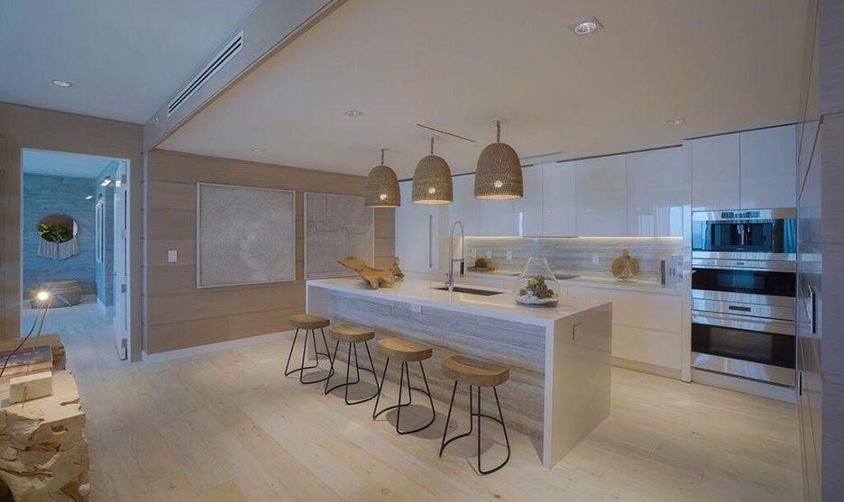 Miami Penthouse Collection Salas de estar elegantes