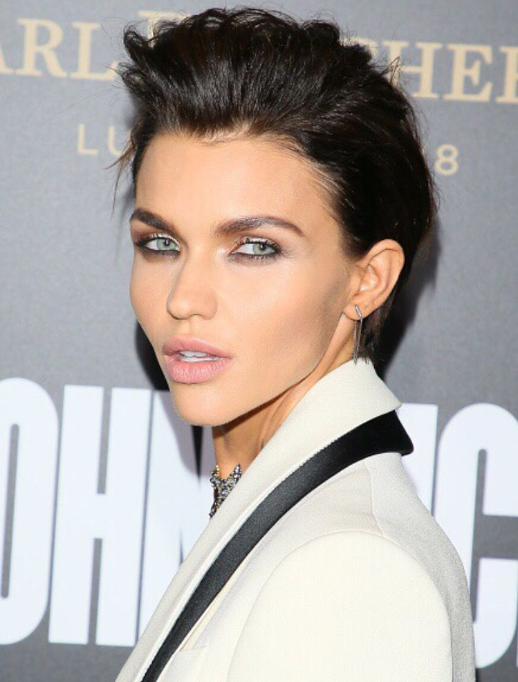 Ruby Rose At John Wick 2 Premiere Ruby Rose Hair Ruby Rose Haircut Hairstyle