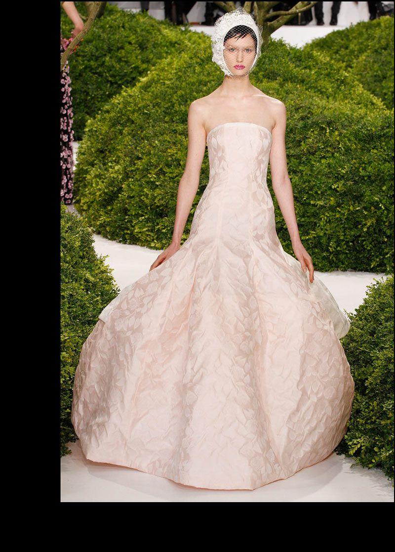 Los mejores momentos de moda y belleza de la Alta Costura primavera-verano 2013: Raf Simons para Christian Dior