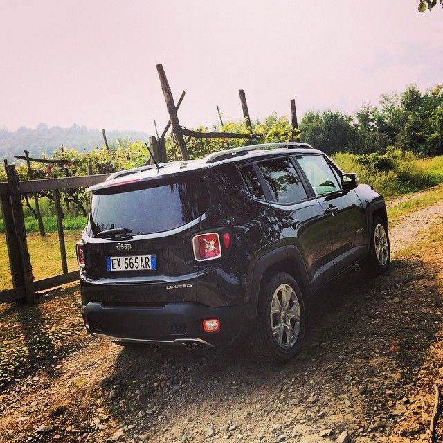 Jeep Renegade Going Off The Beaten Track Renegademediadrive Autos