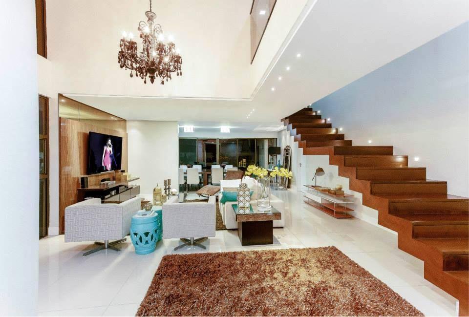 Ilumina o de salas modernas p direito duplo for Salas de casas modernas