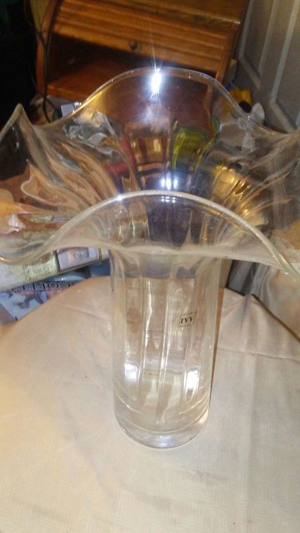Used Normal Wear 11 Cylindrical Ribbed Vase Thick Bottombut