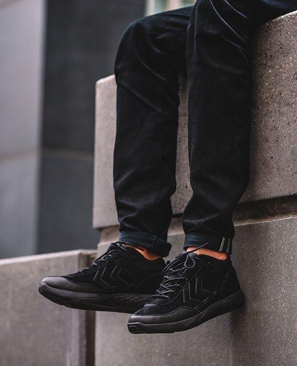 black Hummel Terrafly St