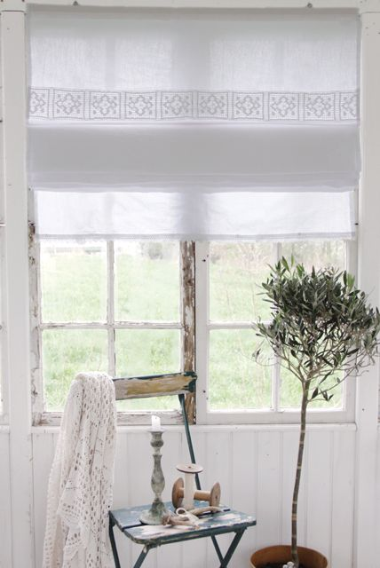 I Want These Roman Blinds For My Bathroom Pretty Homes