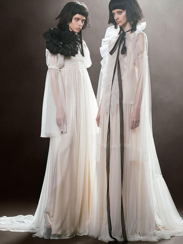 Jessica simpson wedding dress  Vera Wang Spring  A Twist on Modern Seduction  Wedding dress