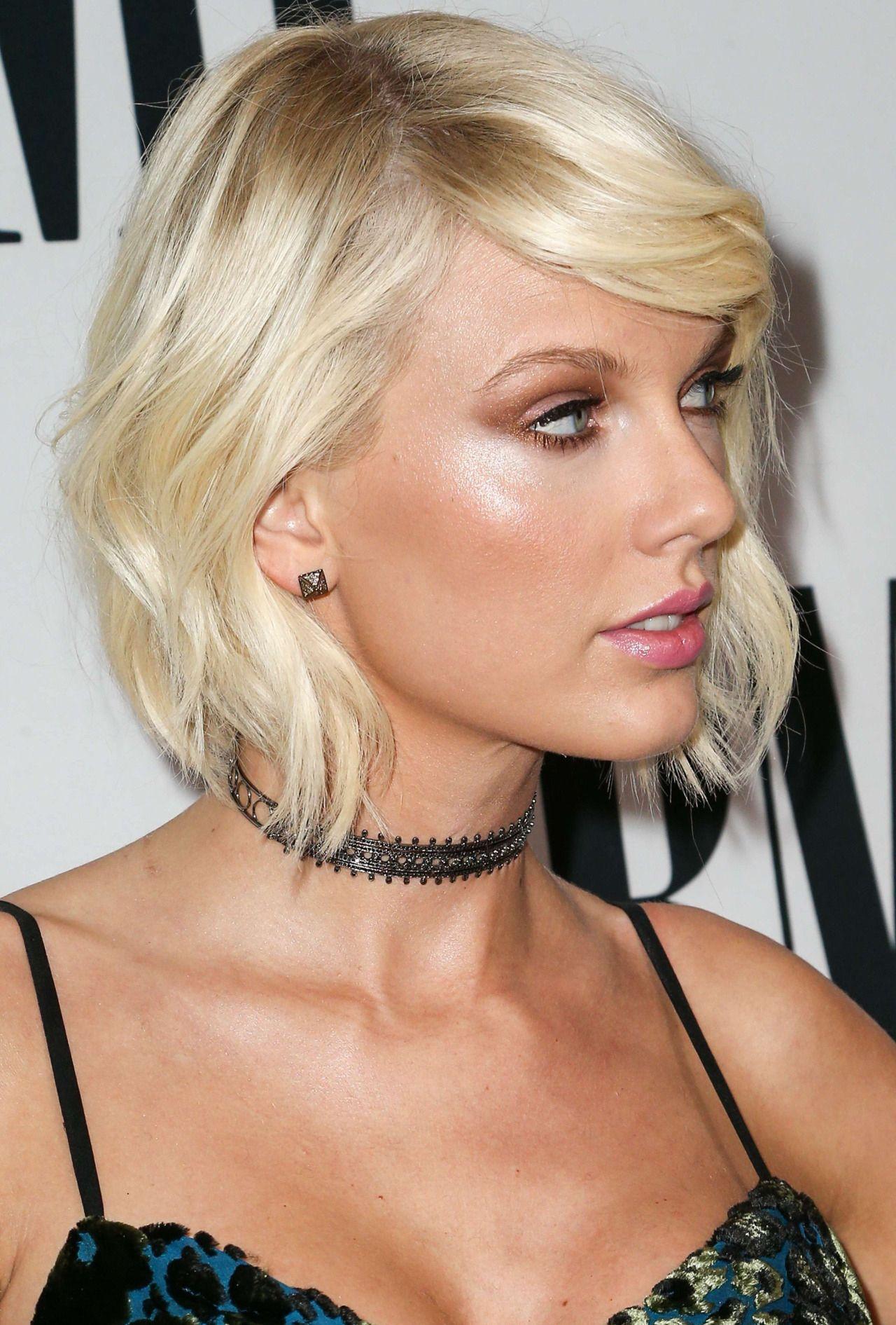 Bleachella Why Taylor Swift Really Went Blonde At Coachella Taylor Swift Hair Karlie Kloss Taylor Swift Taylor Swift Bleached Hair