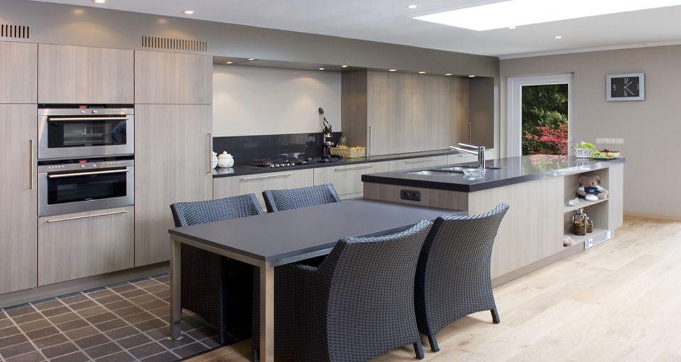 Cozinha integrada 💓 Painel de Tv que vira bacada 📐⛏ Quer uma