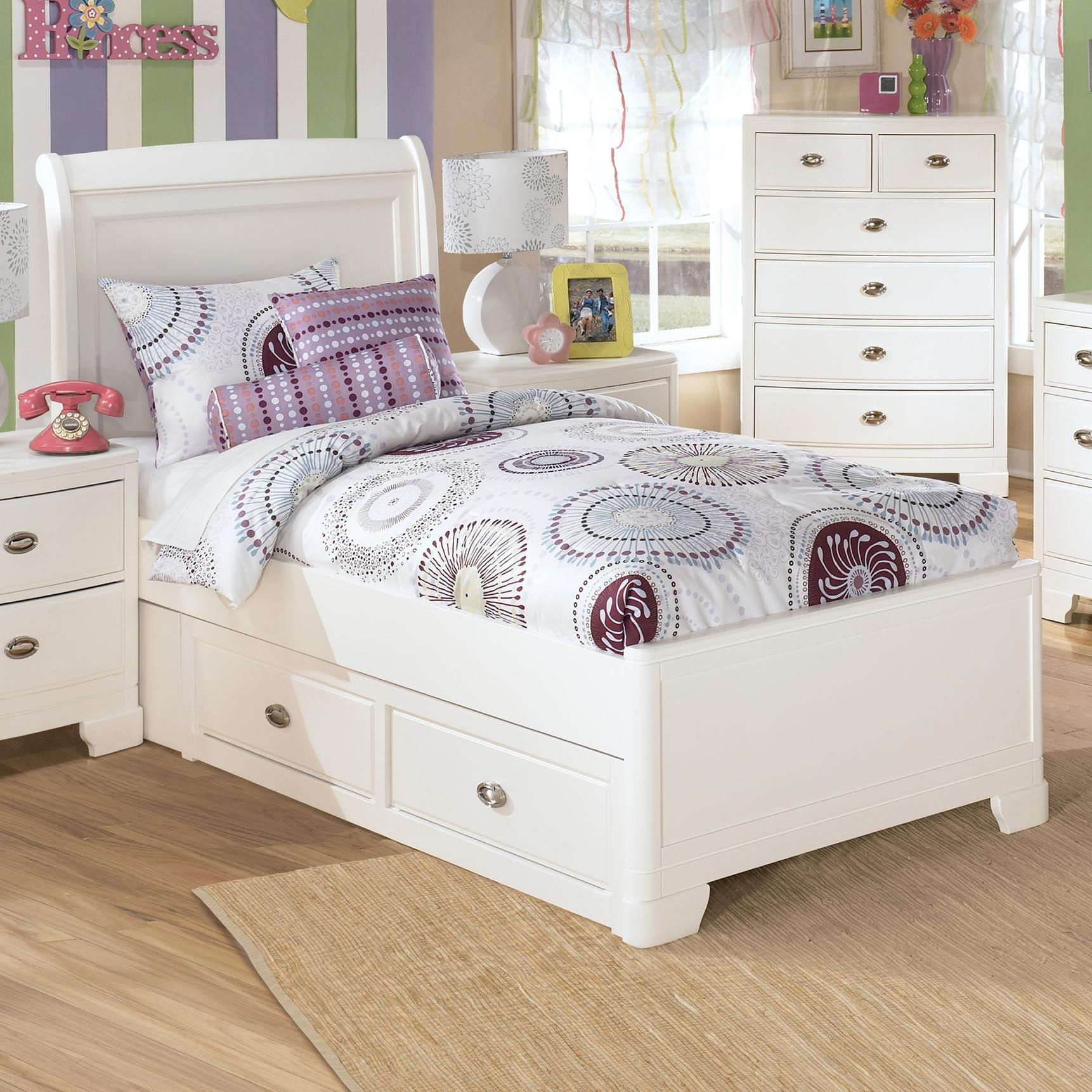 Alyn Full Bed with Sleigh Headboard & 9 Storage Drawers by