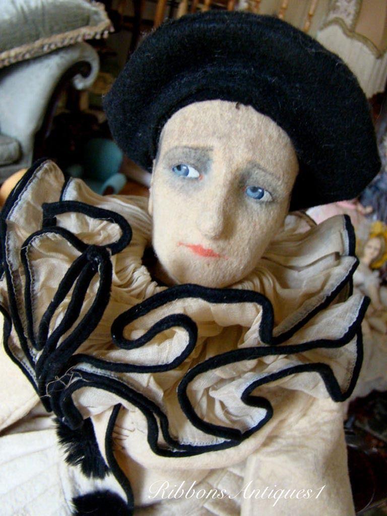 Beautiful Pierrot LENCI face Farrago Book