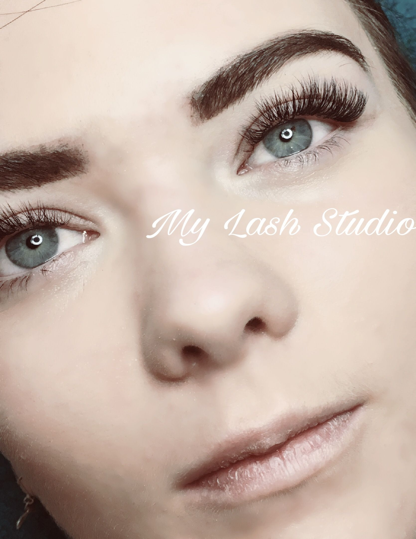 Eyelash Extensions Are The Only Way To Go Classic Lashes Looking
