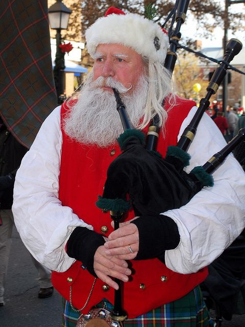 Ho Ho Ho Santa On Bagpipes And Wearing A Kilt Tartan Christmas Santa Claus Is Coming To Town Men In Kilts