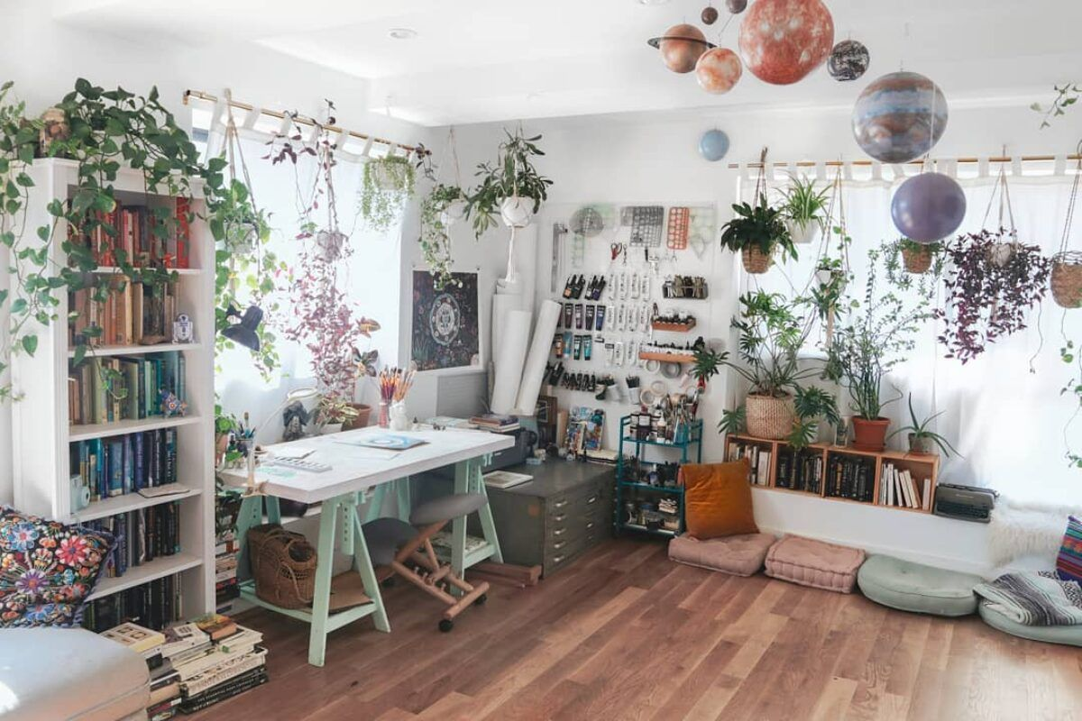 Tips to Create Your Own Home Art Studio
