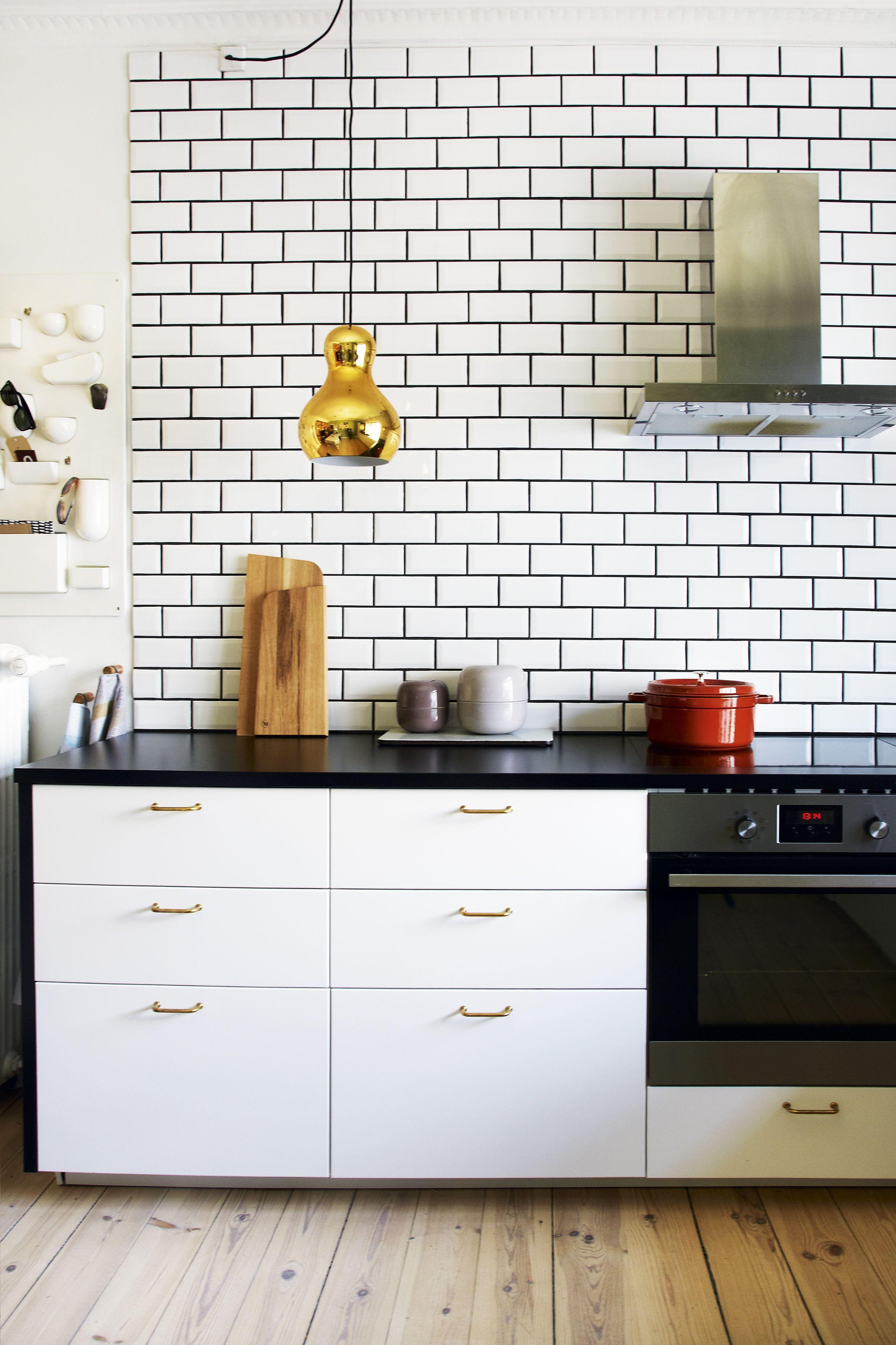 Boligreportage Fra Boligmagasinetevers Fliser I Hvid 10X20 Cm Fascinating 10 X 20 Kitchen Design Design Decoration