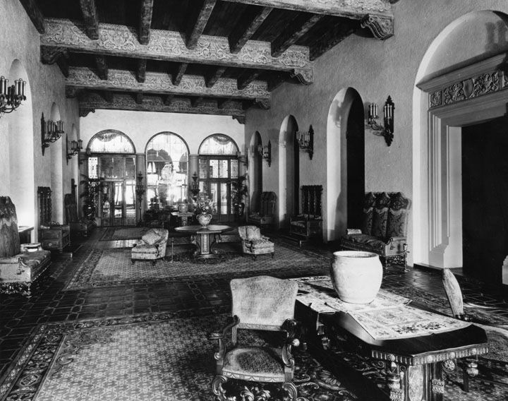The Hollywood Knickerbocker S Lobby All Of Hotel Furniture Was Designed By Barker Bros